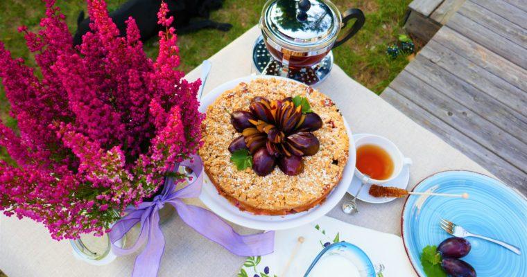 Zwetschgen-Walnuss-Kuchen mit vielen Zimtstreusel